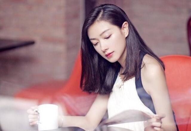 万茜上海产女 晒一家三口视频显得幸福又甜蜜